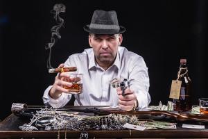 мужской портрет, деловой портрет,портрет гангстера